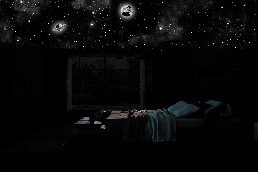 ciel étoilé au plafond de la chambre à coucher dans la nuit